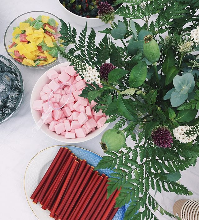 Dreaming of yesterday's candy shop at @rockpaperdresses wedding as I'm on the couch watching movies.