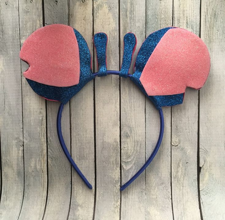 Stitch fan? Need to top off a Disney outfit or a costume? Here it is! Glitter Stitch inspired ears for your stitch fan! Ears are one size fits most. They are made on a standard headband that fits toddler- adult. Be sure to check out the Lilo ears to complete your set: https://www.etsy.com/listing/253751337/lilo-ears ****Please note these ears are made when you order them to ensure a quality item. Processing time can take up to 2 weeks depending on how many orders are ahead of you. If you ...