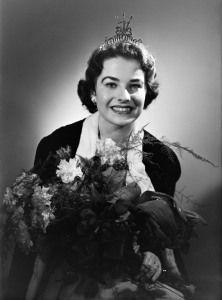 Inga-Britt Söderberg, Miss Suomi 1955 Kuvaaja: Monifoto Oy Lähde: Helsingin kaupunginmuseo (CC BY-ND 4.0)
