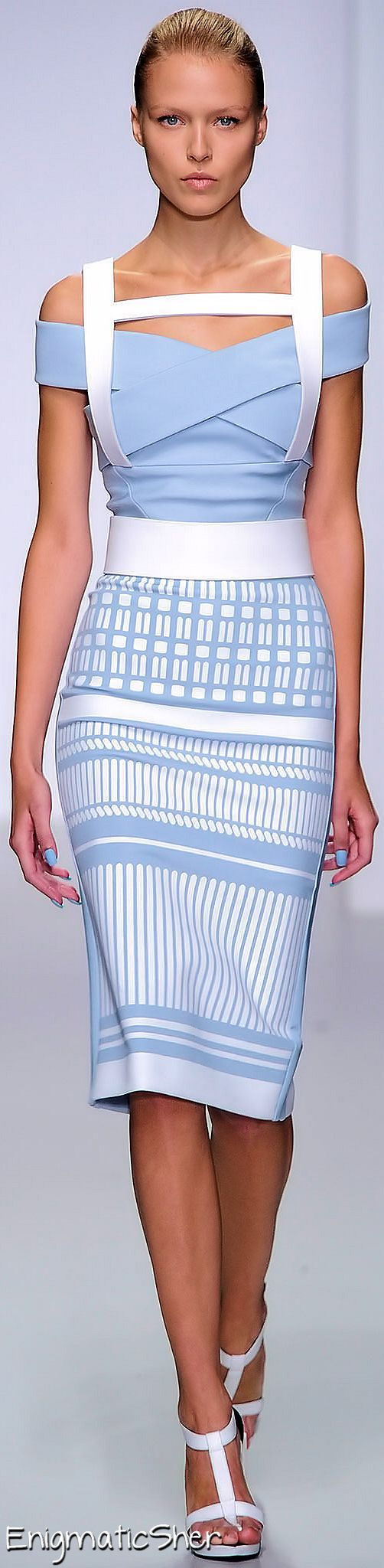 David Koma Spring Ready-to-Wear - architectural wonder. Gratifying color combo; I could look at this dress all day. Use as inspiration.