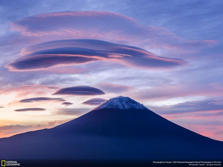 National Geographic Nature Photographer Of The Year 2017 30 Incredible Photos From The National Geographic Nature Photographer Of The Year 2017 Lenticular Clouds Nature Photographs Nature Photos
