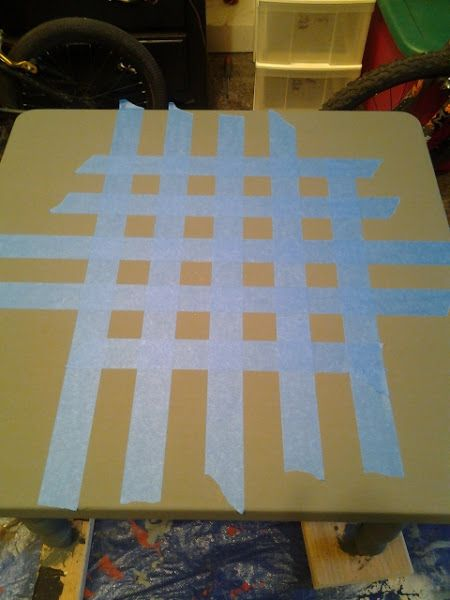 Dorothy Sue and Millie B's too: How to Paint a DIY Checkerboard Coffee Table