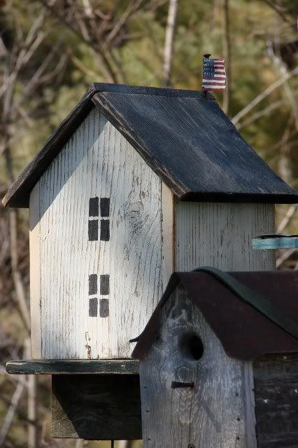 Colonial style birdhouse... Garden Junk Forum - GardenWeb