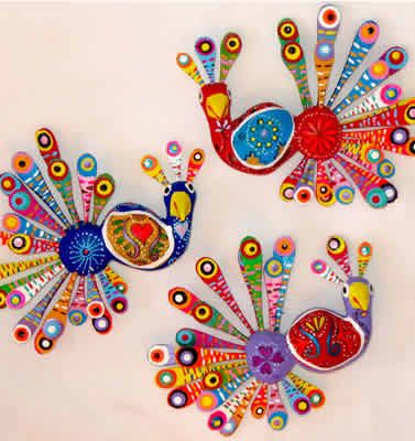 Mexican Alebrijes-could use large popsicle sticks. Beautiful patterns!