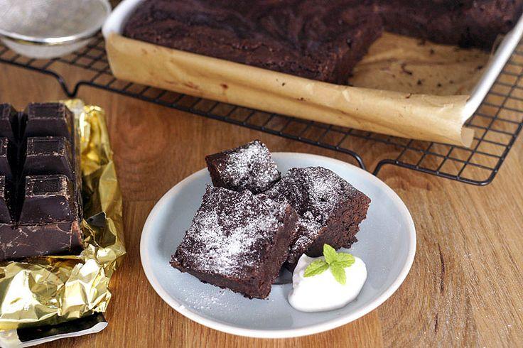 Brownies a obecně čokoládu nijak zvlášť nevyhledávám, ale tyhle mě velmi příjemně překvapily. Protož | Veganotic
