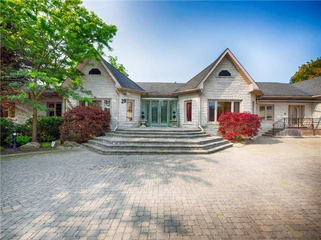 LUXURY HOME: Appx 1 Acre Slender Forest Ravine Lot With 17,000 Sf. Bungalow Estate. Grand Limestone Foyer,9'Ceiling Thru-Out,6 Spacious Bedrooms With 6 Ensuites,Hand-Painted Mouldings, Multiple Fireplaces. Indoor Pool W/Sauna,Whirlpool. Wet Bar,2nd Kitchen, Walkout Lower Level Tor Prof. Landscaping & Waterfall.