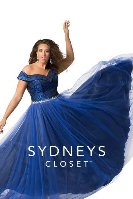 Sydneyu0027s Closet Plus Size Prom Off The Shoulder Sleeves With A Sweetheart  Neckline Are Only The Beginnings Of Why This Dress Stands Out At Prom.