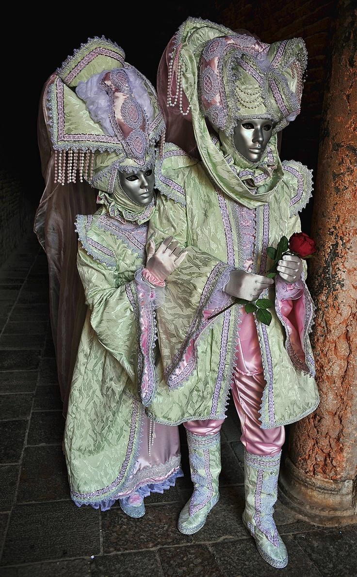 Venice carnival costume/mask 2011 > La Primavera