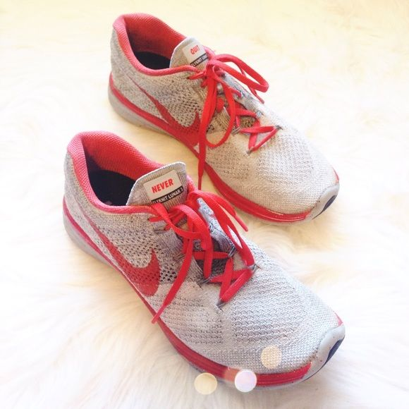 """SALE❗️Nike ID Flyknit Lunar 3 Sneakers Super cute and perfect for the gym. Custom grey and red color scheme with """"never quit"""" on tongue. Excellent condition with minor wear to bottoms. Size 9.5 W. No trades!! 01916150gwpg Nike Shoes Sneakers"""