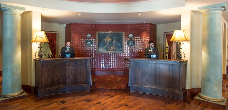 Visit us at Hotel Los Gatos.
