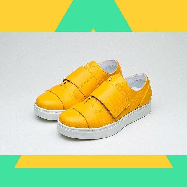 SS16 yellow sneakers by Achilles Ion Gabriel a namesake brand founded in 2013 by a Finnish shoemaker spending his time between Paris and Menorca. Accurate yet inventive reinterpretation of classic shoe types Achilles Ion Gabriel  #achillesiongabriel #designershoes #avantgarde #designersneakers #sneakers #handcrafted #fashion #yellow #denialofentry