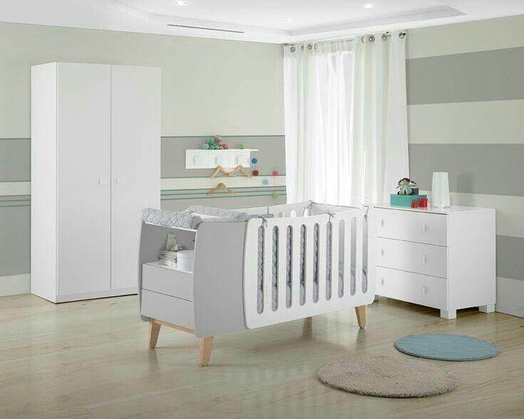 Harmony es la #cuna más práctica para la #habitacion de tu #bebé porque  puedes usarla como minicuna, cuna y cama, el textil te sirve para minicuna y para cuna y, además cuando la usas cómo cama tienes una cómoda (el mueble gris en la foto). Todo ello con la #seguridad @micuna_es . 😍😍 #qnmbb #decoracion #micuna #decoracioninfantil #dormitorio #nurserydecor
