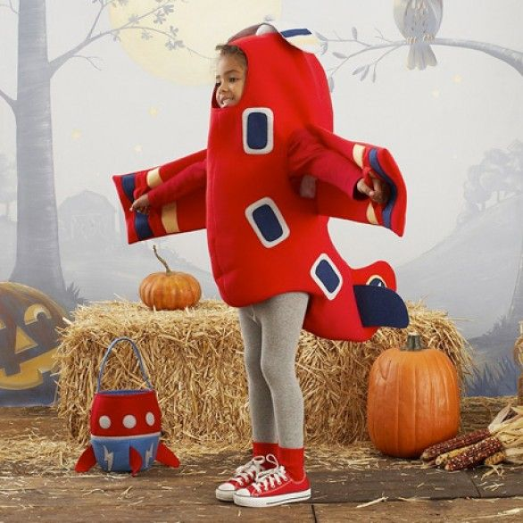 Airplane Costume by Pottery Barn Kids via bebeblog.it #Kids