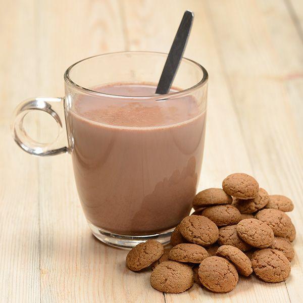 Warme chocolademelk gaat er wel in met het koude weer. Makkelijk zelf te maken met dit recept!
