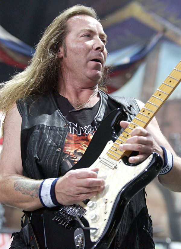Dave Murray. .Iron Maiden.