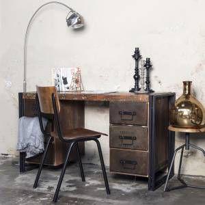 17 beste idee n over industrieel bureau op pinterest bureau 39 s houten bureau en rustiek bureau - Deco eetkamer rustiek ...