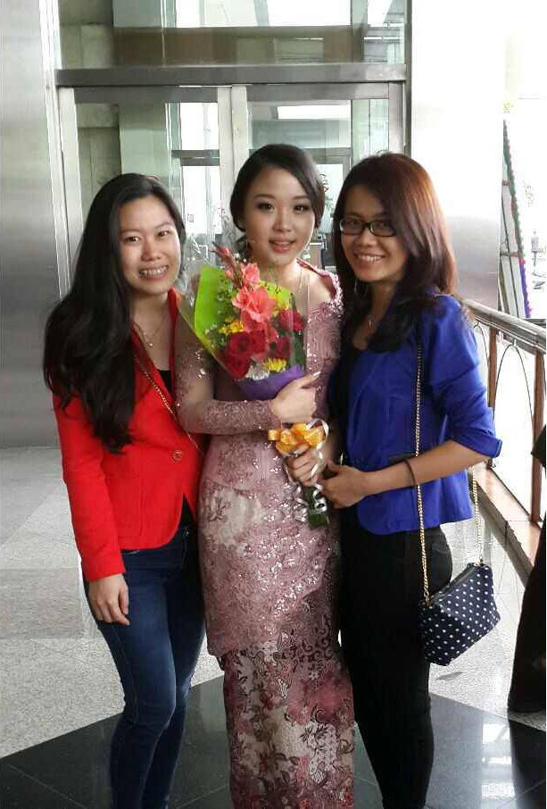 Ven Ven is wearing Gorgeous in Pink for her graduation. She indeed looks beautiful!  Thankyou for Ven-Ven for Trusting BELSBEE  Gorgeous In Pink details: http://bit.ly/gorgeous-in-pink  visit and subscibe at http://www.belsbee.com/