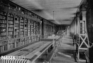 La bibliothèque de l'Ecole Normale Supérieure, rue d'Ulm, Paris (VIème arr.) en 1927-28.