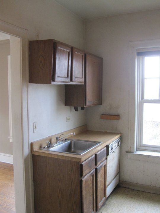 Before & After: A Condo Kitchen Gets An Era-Appropriate