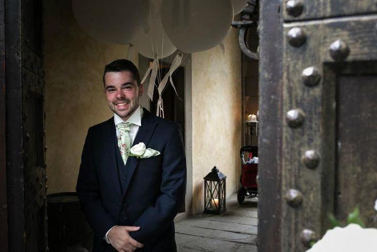 Real wedding. Slim fit navy wedding tails suit. With pale green tearose cravat. www.anthonyformalwear.co.uk