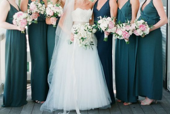 Teal bridesmaids dresses perfect with pink bouquets! Wedding Ideas, Fall Wedding, Fall Colors, Jewel tones, Teal wedding bridesmaids, Blue-green colors, Green and dark cyan, Blue ocean, Maxi teal, Blue peacock wedding colors.