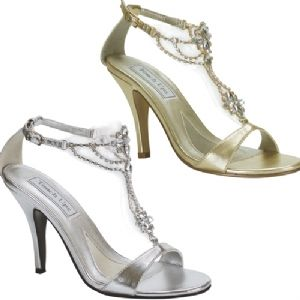 Touch Ups Princess is a high heel, evening sandal. The T strap is decorated