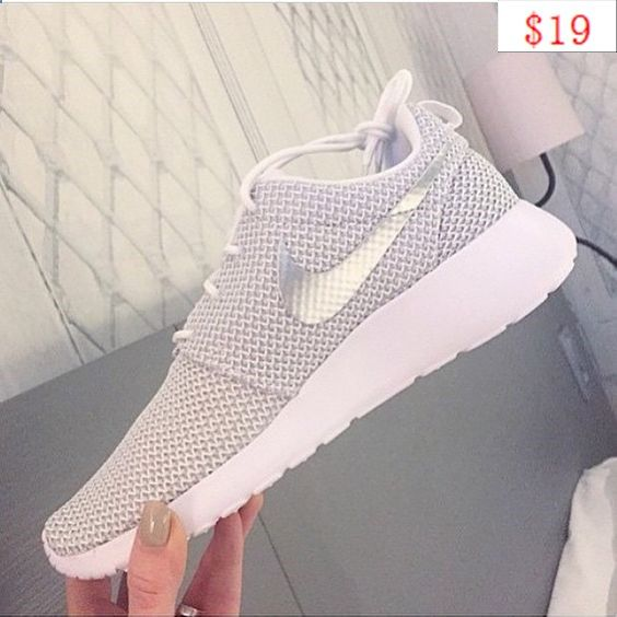 nike shoes store