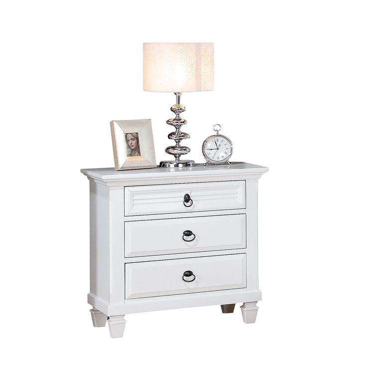 Master Bedroom Decorating Ideas Grey Walls Bedroom Interior With Wooden Flooring Best Neutral Bedroom Colors Small Bedroom Bed Ideas: 25+ Best Ideas About White Nightstand On Pinterest