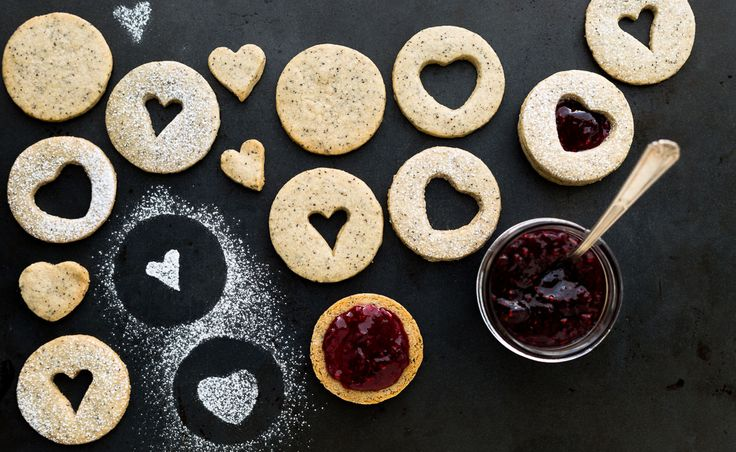 Coffee bean and raspberry cookies | Natrel