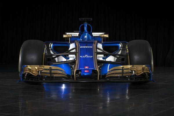 Stajňa formuly 1 Sauber predstavila v pondelok nový monopost C36-Ferrari.