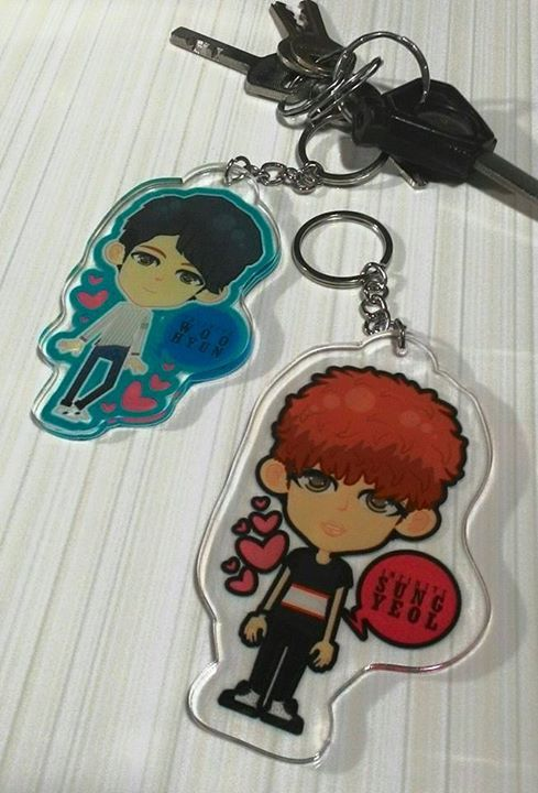 Key Chain INFINITE Clear Acrylic