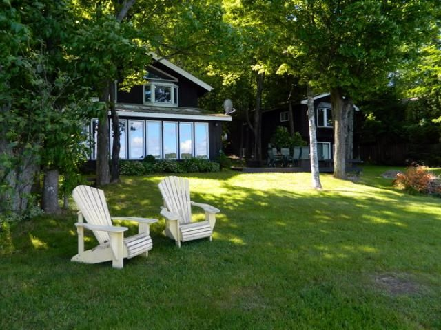 Last Minute Cottage Rentals: Current Great Deals on Ontario Cottages  Come up and enjoy a lakeside cottage vacation at preferred rates. http://cottagevacations.com/on-special