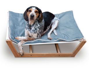 There is no need to sacrifice your finely planned home décor any longer while trying to integrate your pet into your home. Pet Lounge Studios have done it again with their newest and most refined pet furniture piece ever, the Bambú Pet Hammock II.  This incredible design is features a sustainable and solid bamboo frame, a unique mattress support system and the highest quality removable and washable cushion.