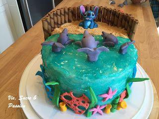 Vie, Sucre & Passion: Le Gâteau Dauphins...avec Stitch sur la plage
