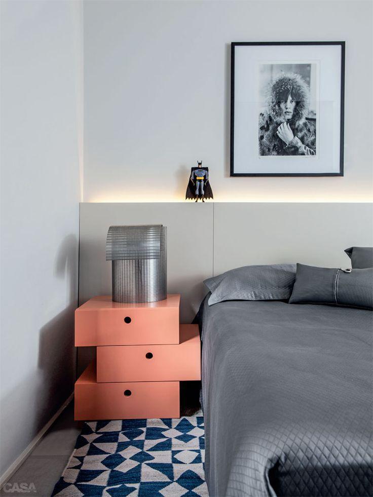CONSUELO JORGE. Apartamento de 58 m² aposta em peças versáteis - Casa
