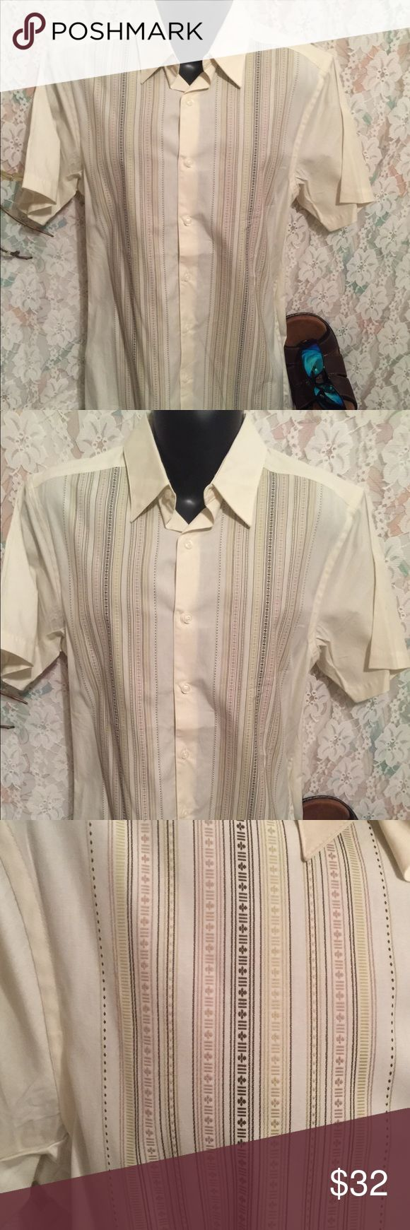 "Geoffrey Beene men's short sleeve shirt Comfortable and stylish men's dress shirt. Measures 24"" underarm to underarm and 27"" shoulder to hem.   Geoffrey Beene men's short sleeve shirt green and brown lines Geoffrey Beene Shirts Casual Button Down Shirts"
