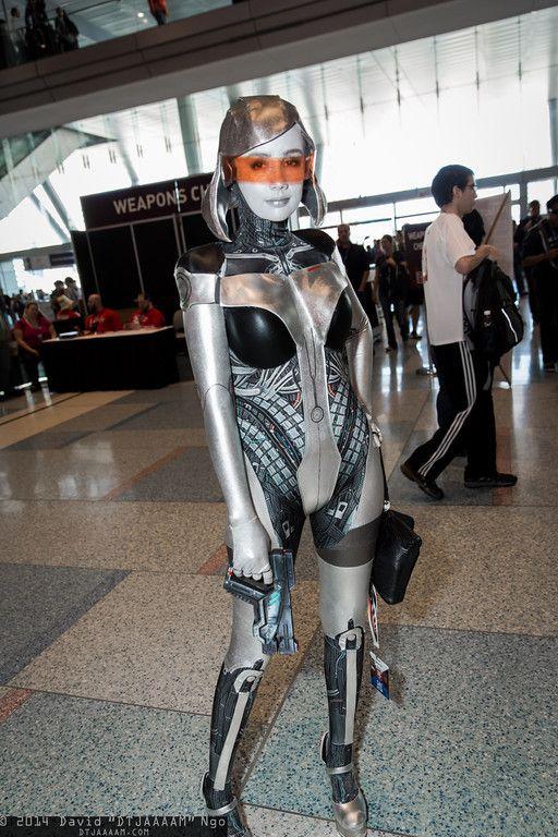 EDI, Mass Effect.