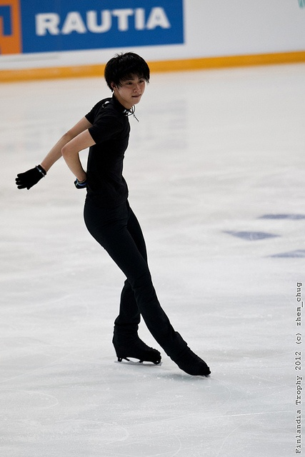 Yuzuru HANYU - ice skater. i'm in love.