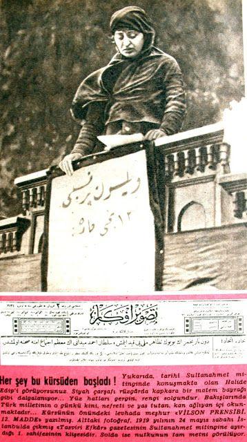 Her şey bu kürsüden başladı Yukarıda tarihi Sultanahmet mitinginde konuşmakta olan Halide Edib'i görüyorsunuz.