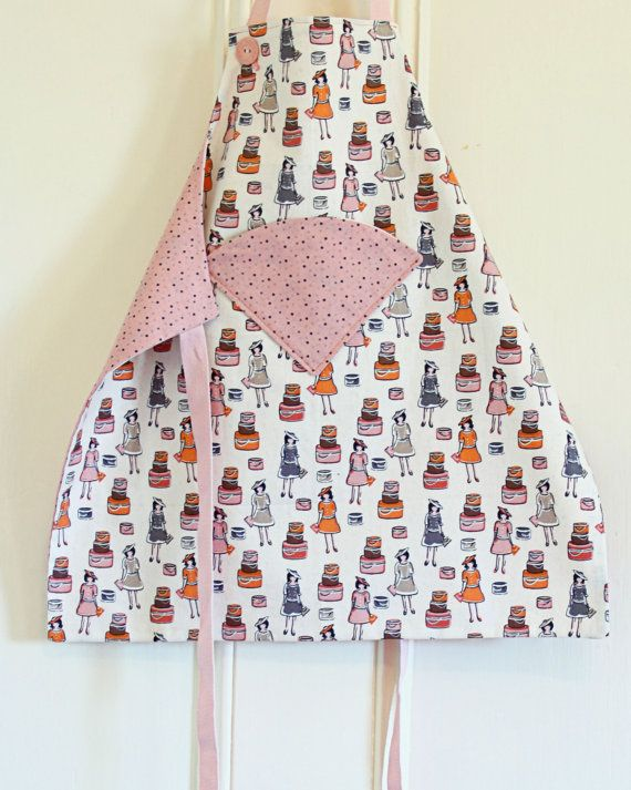 Do you love getting the kids to help you in the kitchen but find they just end up too messy? These cute and practical aprons are guaranteed to