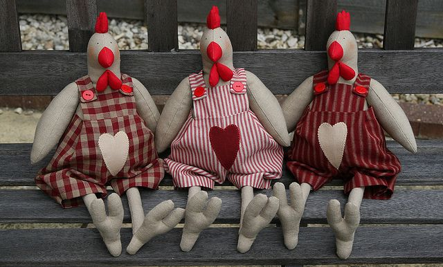 3 red hens by countrykitty, via Flickr