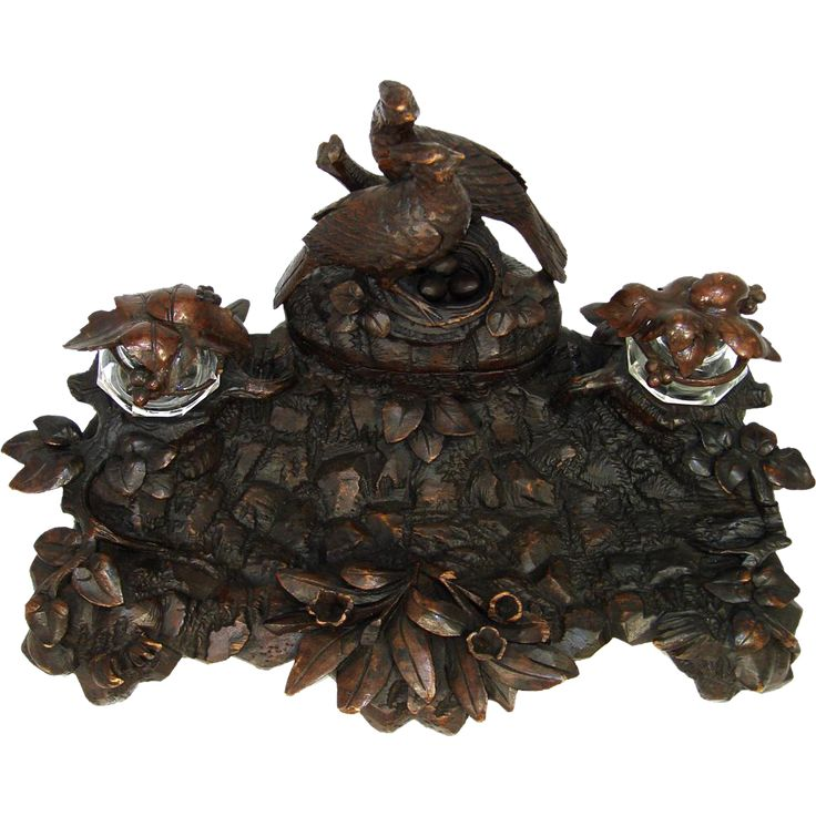 If you've followed us for a while you know I'm a big fan of the old hand carved Black Forest items that come to us from 19th century Switzerland,