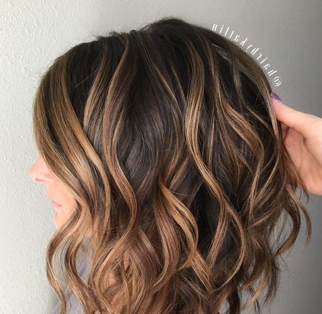 50 Blonde Hair Color Ideas For Short Hair Blonde Regis Salons Luxury Hair Salon Haircu In 2020 Short Hair Styles Wavy Bob Hairstyles Short Hair Styles For Round Faces