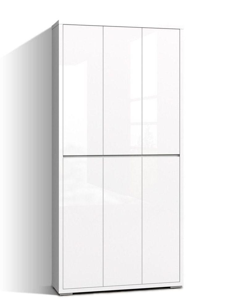 Sconto nábytek | botník FLAP - Zdá se být neviditelný a zároveň elegantně řeší místo pro vše, co je třeba ukrýt.