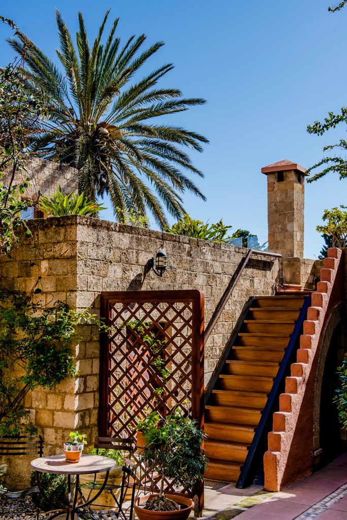 Visit #Rhodes and the #boutique treasure located at the heart of the medieval town, #AvalonBoutiqueHotel. The hotel's location in the heart of the medieval town and just a short walk from Grand Master's Palace, will give your holidays a totally different meaning.  http://www.tresorhotels.com/en/offers/283/avalon-boutique-hotel-sabbatokyriaka-sth-rodo