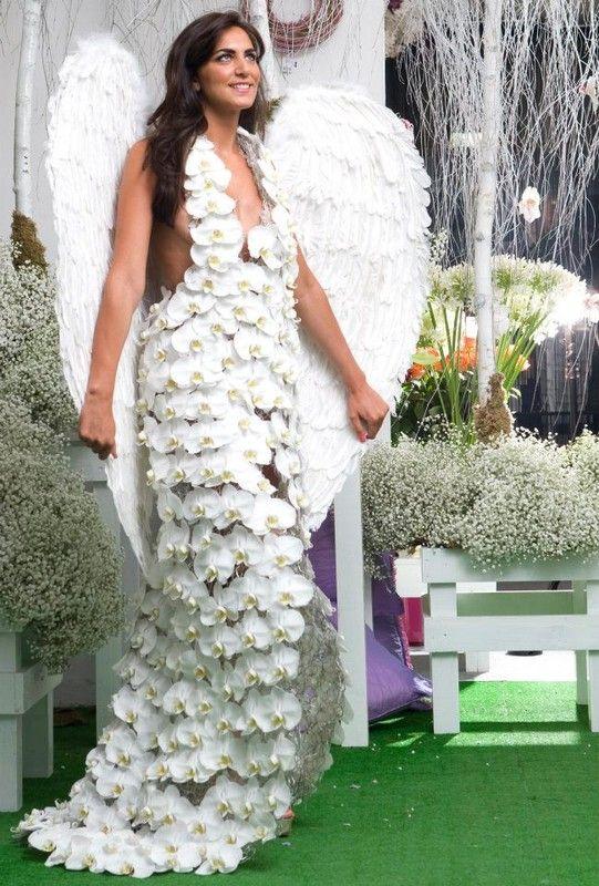belle robe d'orchidées.