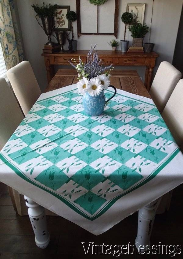 Vintage 50s Fun Cottage Green U0026 White Check U0026 Leaf Printed Tablelcoth 48x50  Www.Vintageblessings