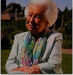 Mary Countess of Strathmore (Mig_R) Tags: uk mary strathmore countess aristocracy glamis boweslyon peeress