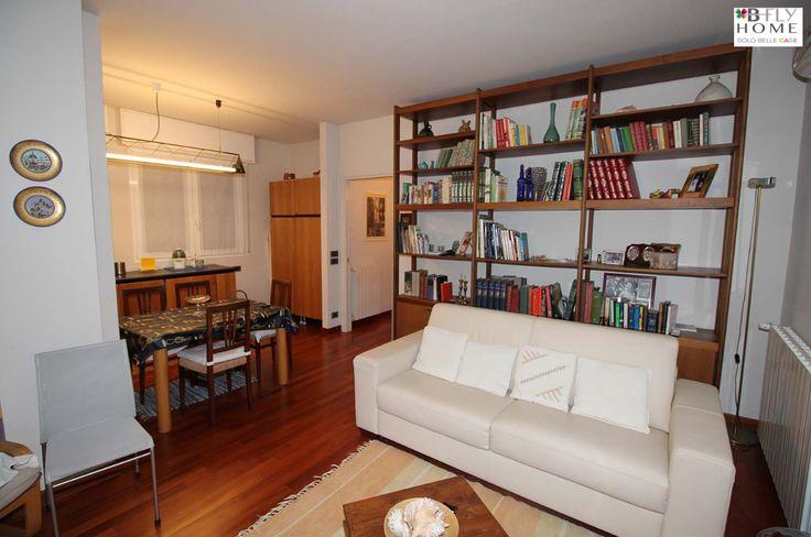 Proponiamo in #vendita questo attico completamente ristrutturato con vista mare, a #Sanremo al prezzo di 380.000 € Maggiori dettagli su B-Fly Home: #solobellecase!