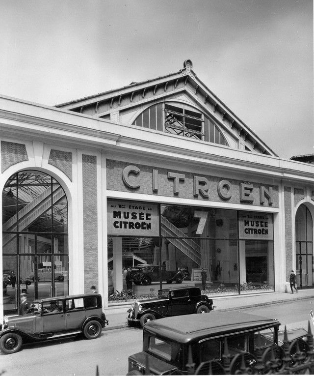 17 best images about citroen diversen on pinterest logos for Garage citroen paris